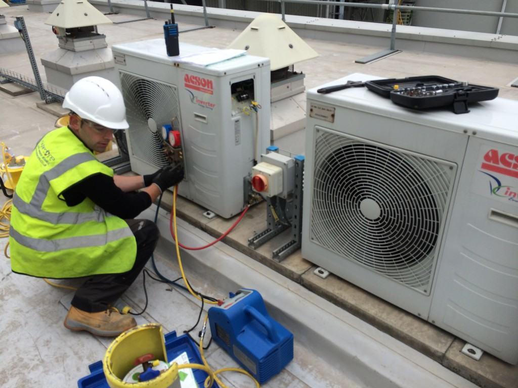 Service & Maintenance Engineer, Synecore
