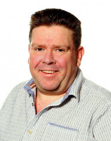 Adrian Eade M&E Contractor Synecore
