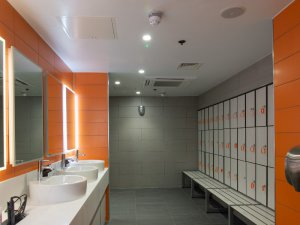 orangetheory fitness changing rooms